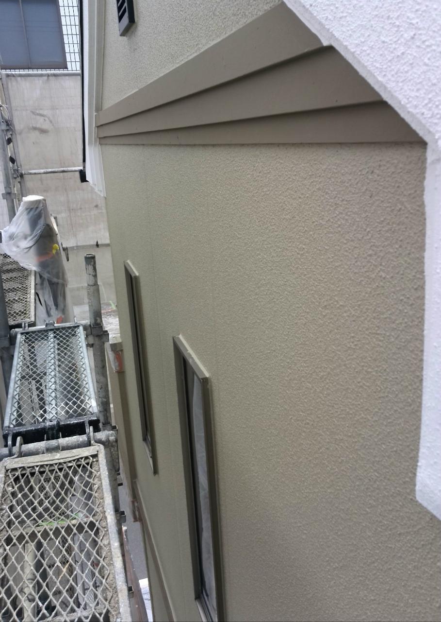 16外壁の上塗り