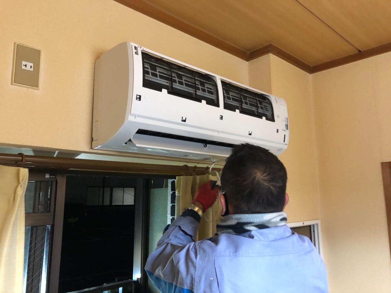 エアコン 取り替え交換工事